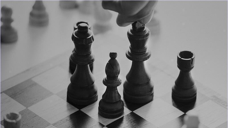 Chess play